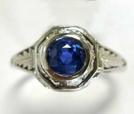 Old ring with new sapphire